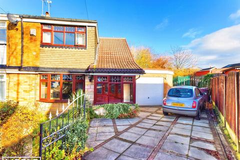 3 bedroom semi-detached house for sale - Goodleigh Place, Merseyside, WA9