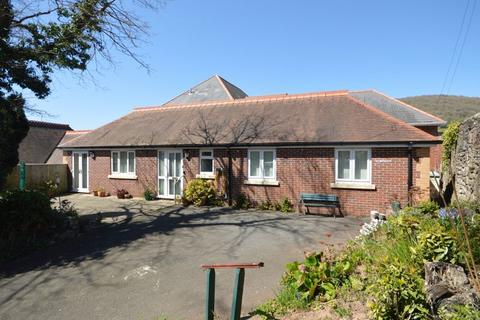 2 bedroom bungalow for sale - 24 Lansdown Road, Abergavenny