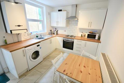 4 bedroom house to rent - Lewis Street, St Thomas, Swansea