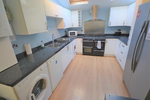 6 bedroom house to rent - Norfolk Street, Mount Pleasant, Swansea