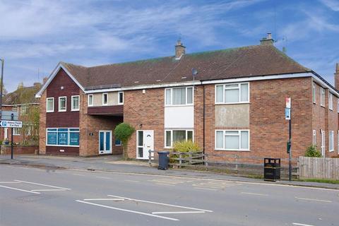 2 bedroom terraced house - Bridge Street, Kenilworth