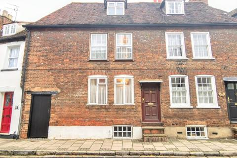 2 bedroom terraced house - Rickfords Hill, Aylesbury