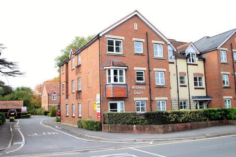 2 bedroom retirement property - Archers Court, Castle Road, Salisbury