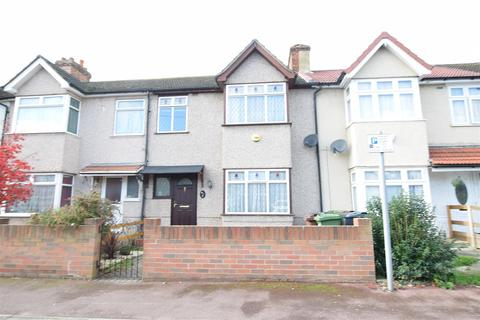 3 bedroom terraced house for sale - Charles Road, Dagenham
