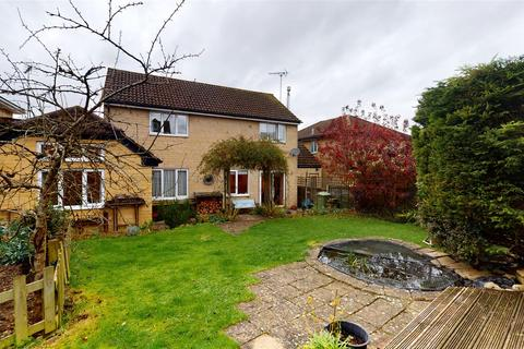 4 bedroom detached house for sale - Partridge Way, Cirencester