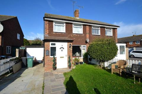 3 bedroom semi-detached house for sale - Rife Way, Ferring, Worthing, BN12