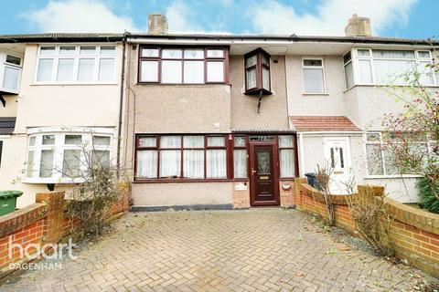 3 bedroom terraced house for sale - Western Avenue, Dagenham