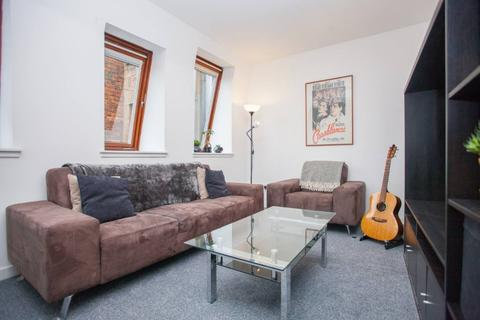 1 bedroom apartment to rent - High Street, Flat 3/7, Merchant City, Glasgow, G1 1NW