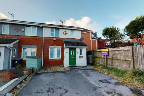 3 bedroom semi-detached house - Ffordd Gwynedd, Barry, CF63 1DY