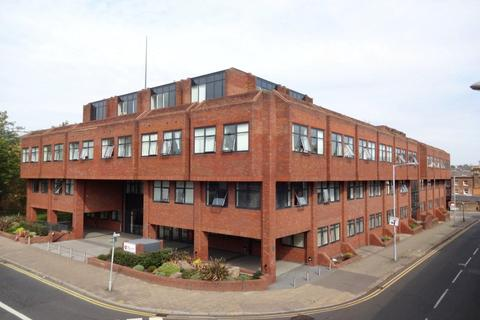 1 bedroom apartment to rent - The Landmark, Flowers Way, Luton, Bedfordshire, LU1