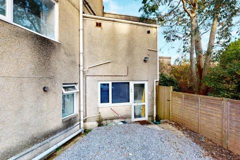 1 bedroom flat for sale - Martin Street, Morriston, Swansea, SA6 7BL