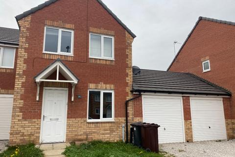 3 bedroom semi-detached house to rent - Woolfall Heath Avenue, Huyton, Liverpool, L36 3TH