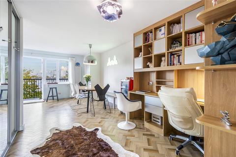 3 bedroom apartment for sale - Van Gogh Court, Amsterdam Road, London, E14