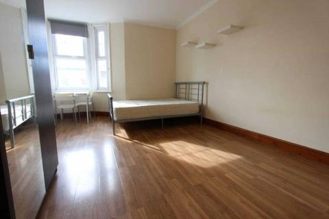 House share to rent - The Vale, Acton