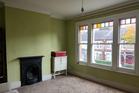 2 bedroom flat to rent - Hardwicke Road, London