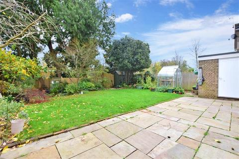 4 bedroom detached house for sale - Grove Road, Burgess Hill, West Sussex