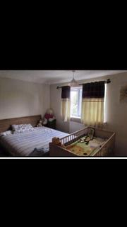 4 bedroom terraced house to rent - Gaysham Avenue, Ilford, Essex, IG2