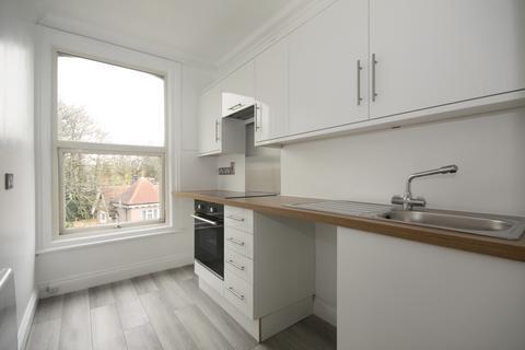 1 bedroom flat - Springbank Road,  London, SE13
