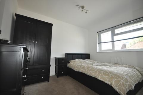 1 bedroom house share - Northgate Road Crawley RH10