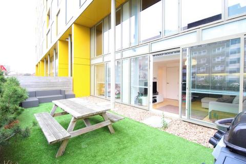 1 bedroom apartment for sale - SAXTON, THE AVENUE, LEEDS, LS9 8FE