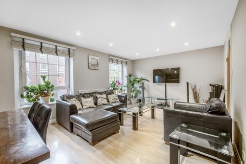 3 bedroom flat for sale - Stockwell Gardens, London SW9