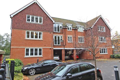 2 bedroom apartment for sale - Kingswood, Surrey