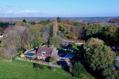 5 bedroom detached house for sale - Watchet Lane, Little Kingshill, Great Missenden, HP16