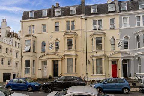 1 bedroom apartment to rent - Holyrood Place, The Hoe, Plymouth
