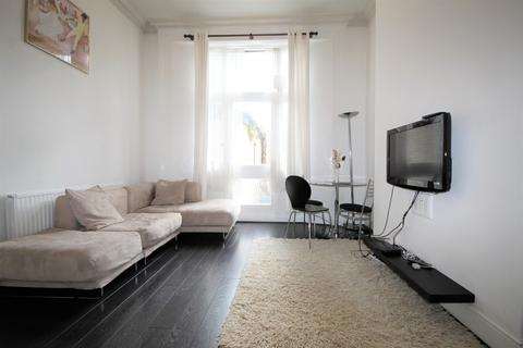 2 bedroom apartment to rent - Bow Road, Bow, E3