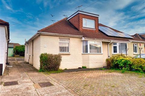 3 bedroom semi-detached bungalow - Busticle Lane, Sompting, West Sussex, BN15 0DJ