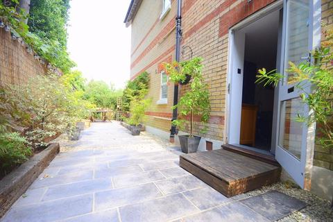 2 bedroom apartment for sale - 59 Lansdowne Road, Bournemouth