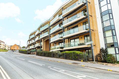 2 bedroom flat for sale - The Point, Marina Close, Sea Road