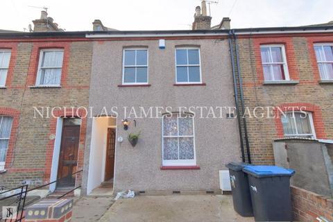 2 bedroom terraced house - Percival Road, Enfield, London EN1