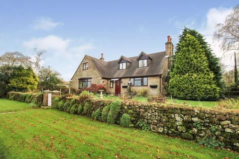 4 bedroom detached house for sale - Thorncliffe Road, Leek