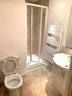 2 bedroom flat to rent - Bedfont Lane, Feltham, TW13