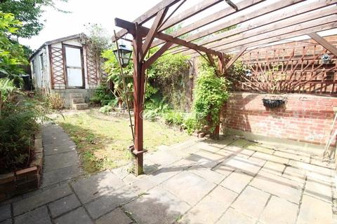 3 bedroom terraced house for sale - Maidstone Road, Rochester
