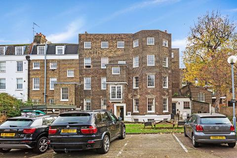 3 bedroom flat for sale - Slievemore Close, Clapham, London