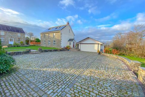 4 bedroom property with land for sale - Saron, Llandysul