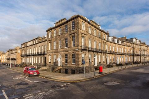3 bedroom flat to rent - Walker Street, Edinburgh