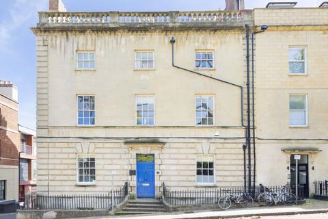 4 bedroom flat to rent - Clifton, Great George Street