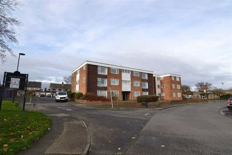 1 bedroom apartment to rent - Claremont Court, Whitley Bay