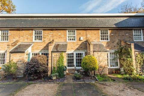 2 bedroom terraced house for sale - Stepney Green, E1