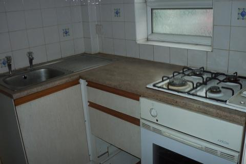 Studio to rent - Barkby road, Leicester LE4