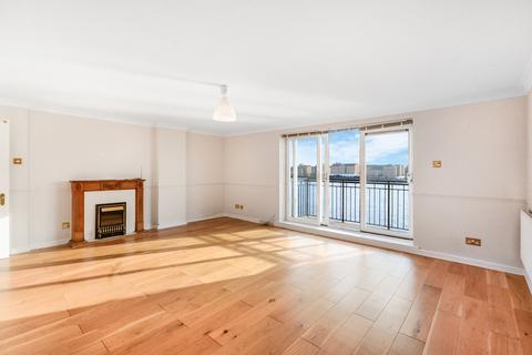 2 bedroom apartment for sale - Narrow Street London E14