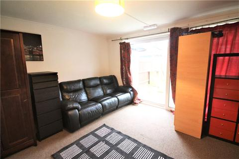 4 bedroom end of terrace house for sale - Falcon Drive, Stanwell, Staines-upon-Thames, Surrey, TW19