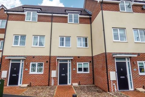 3 bedroom townhouse to rent - Burradon Road, Burradon, Cramlington, Northumberland, NE23 7PP