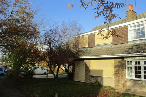 3 bedroom semi-detached house for sale - Turnpike Drive, Luton LU3
