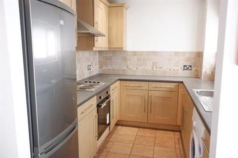 3 bedroom flat to rent - Cascade Road