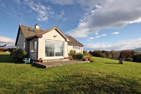 4 bedroom bungalow for sale - Caergelach, Llandegfan, Porthaethwy, LL59