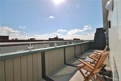 1 bedroom flat for sale - Staines-Upon-Thames,  Spelthorne,  TW18